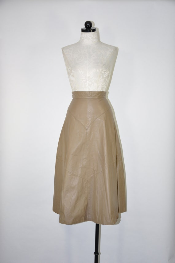 80s taupe leather full skirt / 1980s leather midi