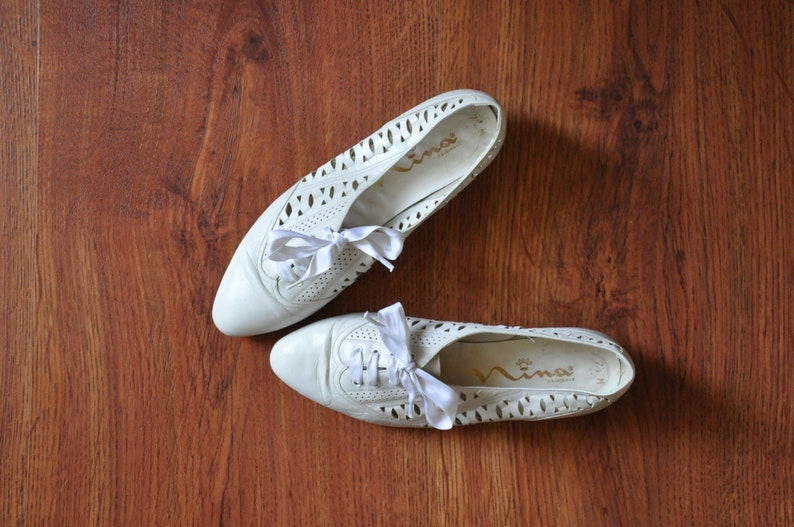 3bf7e01e53d60 90s white leather oxfords / leather lace up shoes / perforated leather  shoes / white cutout flats 7
