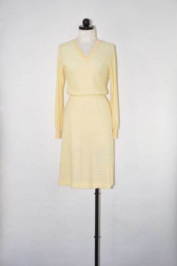 70s butter velour dress / pale yellow plush dress
