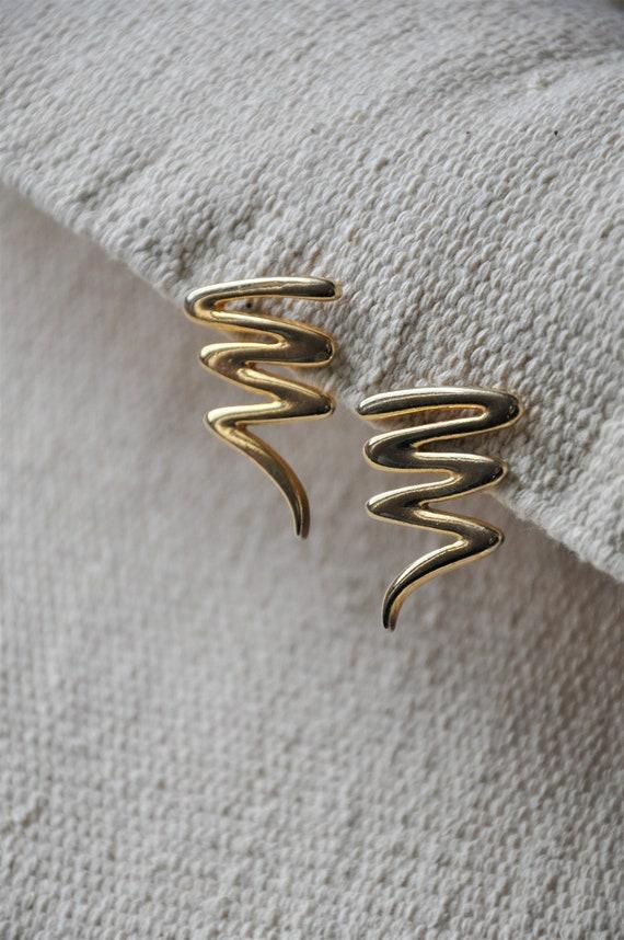 80s gold swirls earrings / road less traveled earr
