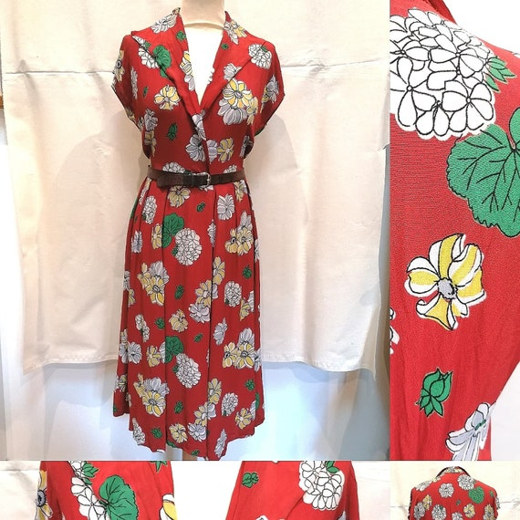 Dress 1940s - Red ray dress with 40s flowers - ww2