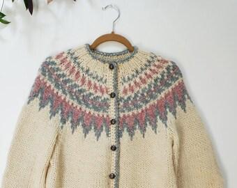 16de095921 Beautiful Vintage Pastel Icelandic Nordic Fair Isle Hand Knit Sweater    Cardigan
