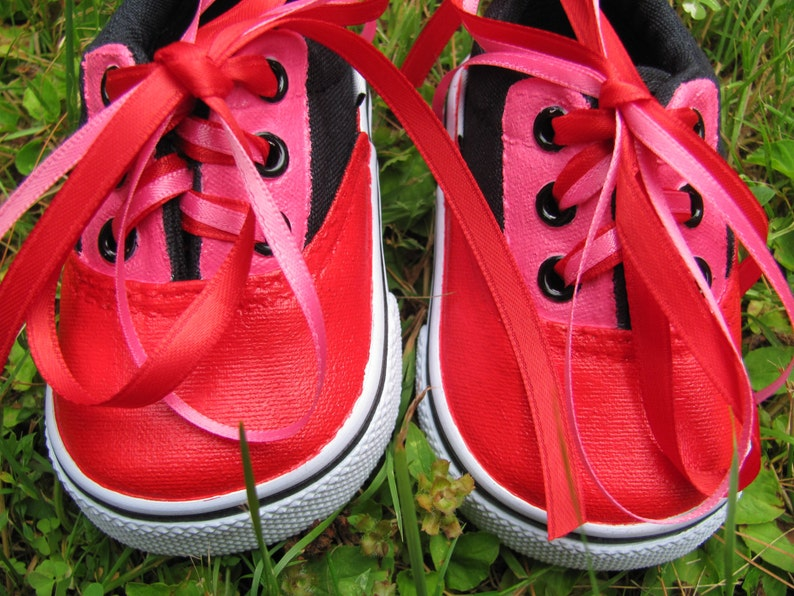 04771bc179173 Hand Painted Infant Shoes in Size 2 W, Oxford Sneakers, Toddler, Children's  Pink & Red Lace Up Canvas Shoes Customized for Twin Girls