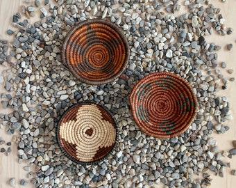 Mini Southwest Boho Baskets - Set of 3 // Palm Leaves, Wall Decor, Handwoven Catchall, Flat Basket, No. 1012