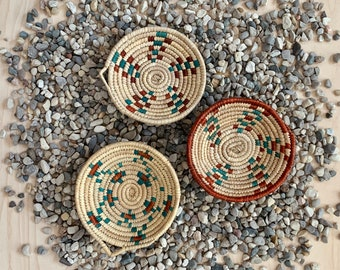 Mini Southwest Boho Baskets - Set of 3 // Palm Leaves, Wall Decor, Handwoven Catchall, Flat Basket, No. 1030