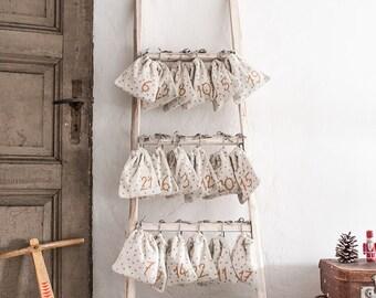 Adventskalender-Säckchen aus Bio-Baumwolle mit Punkten und Streifen, sugar (18cmx15,5cm)