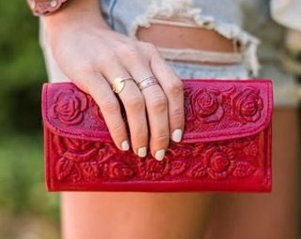 Red Leather Wallet, Roses,tooled leather,red rose,rose wallet