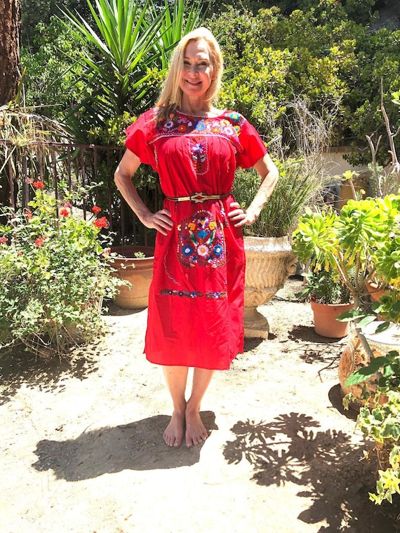Embroidered dress,Oaxaca dress,Medium,M,Mexican dr