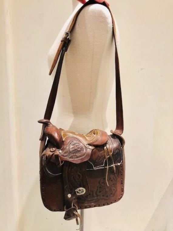 15bd1cb6c60a Tooled Leather purse Saddle   Horn Purse Shoulder Bag Brown