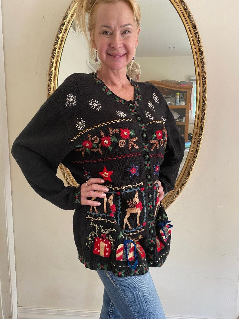 Heirloom Christmas cardigan Presents Reindeer Christmas sweater Stars 18,20 ugly Christmas sweater Embroidered