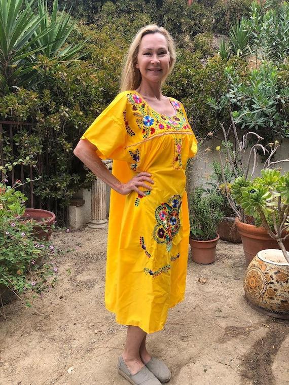 Oaxaca dress,Xlarge, yellow embroidered dress, Me… - image 3
