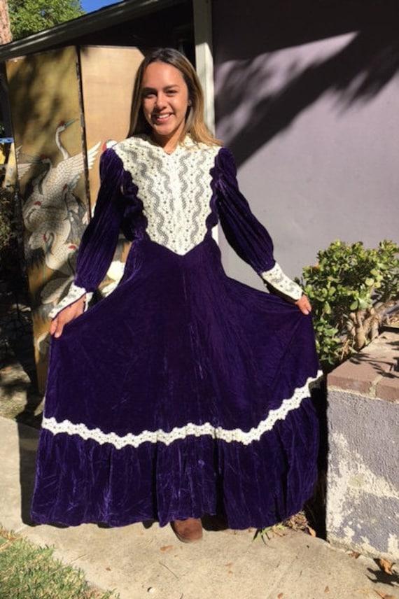 Purple velvet dress, maxi dress, purple velvet, la