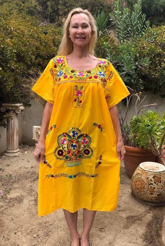 Oaxaca dress,Xlarge, yellow embroidered dress, Mex