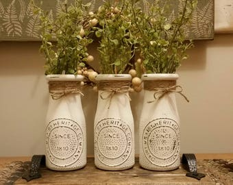 Milk Jar Decor, Milk Jar Centerpiece, White Milk Bottle, Milk Bottle Decor, Milk Bottle Centerpiece, Milk Bottle Vase, Milk Jars with Tray