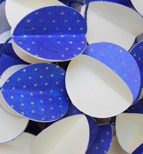 Guirlande en papier - Décoration murale - chambre bébé - Bleu roi à pois,  ivoire - , enfant, Noël, fête, mariage - boule 3D