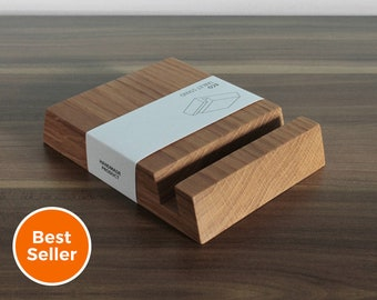 Wooden iPad Stand - Square Holder in Natural Oak Wood, Personalization available!