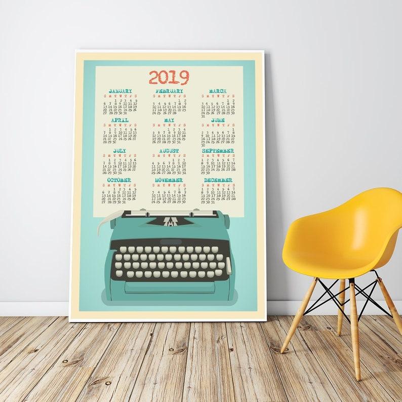 Calendario Da Parete Grande.Calendario Da Parete Grande 2019 Incorniciato At A Glance Annuale Calendario Da Parete Poster Retro Macchina Da Scrivere Calendario Stampe D 24x36