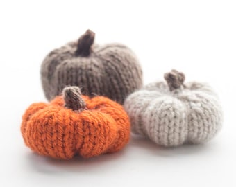 Little Pumpkin KNITTING PATTERN / Knit Pumpkin Pattern / DIY Fall Decor Pattern / Pumpkin Decor Knitting Pattern