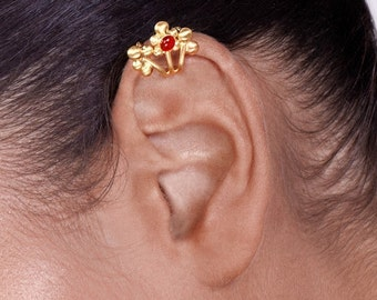 Gold Berries Ear Cuff with Gemstone - no piercing , gold ear cuff , ear cuff non pierced , berries ear cuff , ear cuff , woodland ear cuff