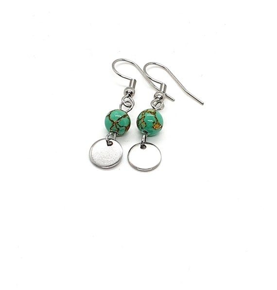 Silver Disc Earrings / Green Earrings / Small Drop Earrings