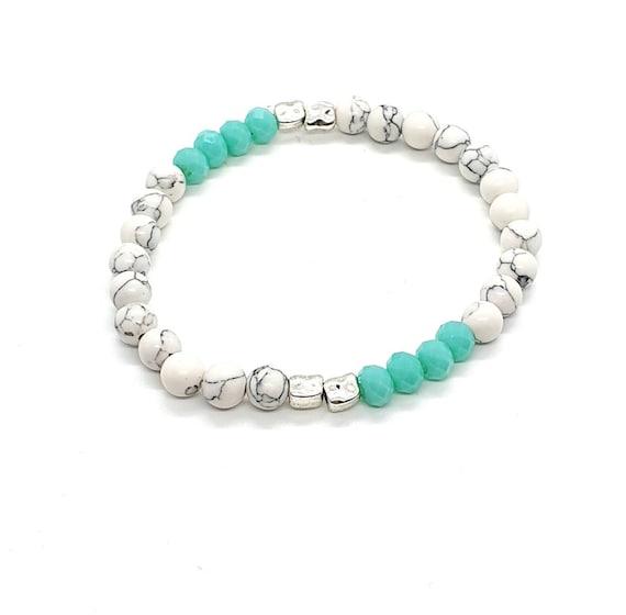 Small bead bracelet / White Howlite Bracelet / Stretchy Bracelet