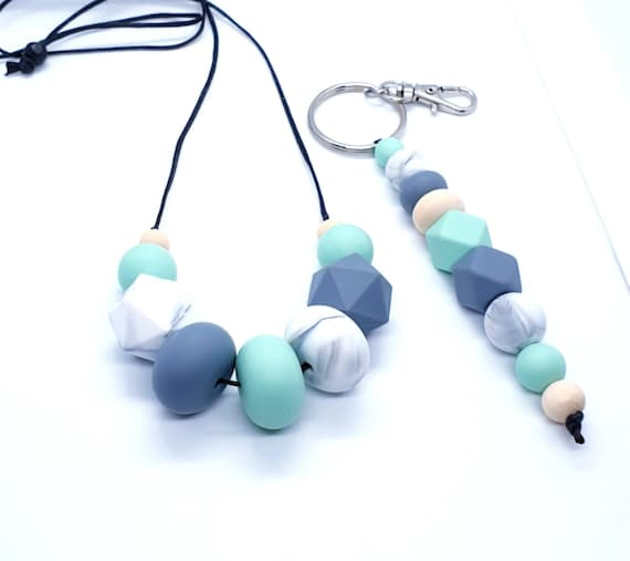 Necklace and Key Ring  / Gift Set Her / Silicone Beads