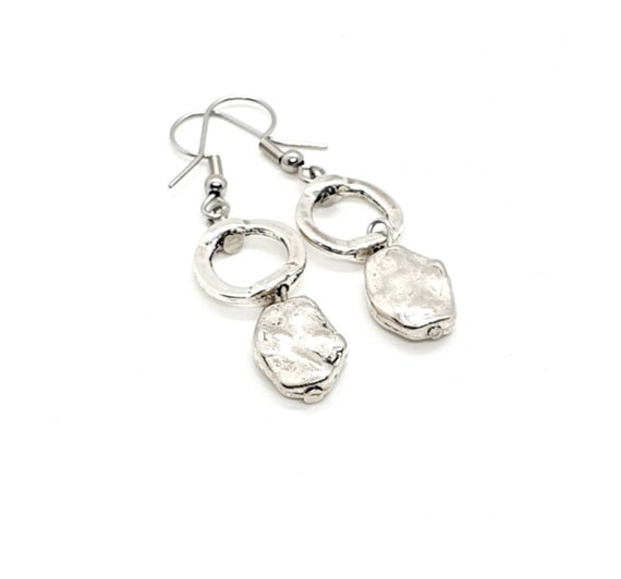 Silver Dangle Earrings / Silver Disc Earrings