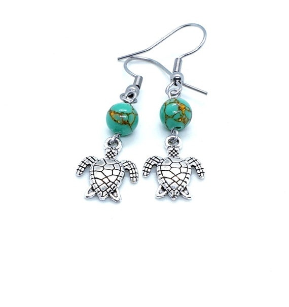 Turtle Earrings / Green Turtle Earrings / Animal Jewelry