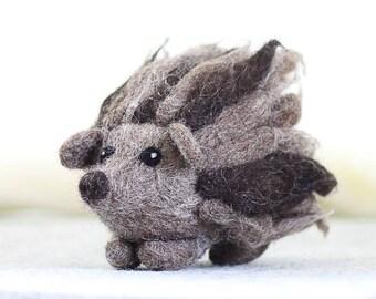 Hedgehog Needle Felting Kit, Needle Felted Animal, Felting Kit, Needle Felted Hedgehog, Felt Animals, Felting, Needle Felting Kit, DIY Kit