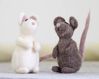 Mice Needle Felting Kit, Needle Felted Animal, Felting Kit, Needle Felted Mice, Felt Animals, Felting Wool, Needle Felting Kit, DIY Kit