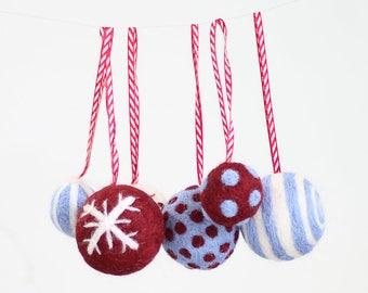 Christmas Baubles Needle Felting Kit - Berry & Blue - Baubles Craft Kit - craft kit gift - handmade christmas - christmas craft kit