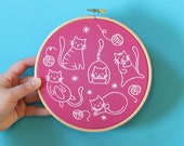 Crafty Cats Embroidery Kit - Craft Kit for Beginners