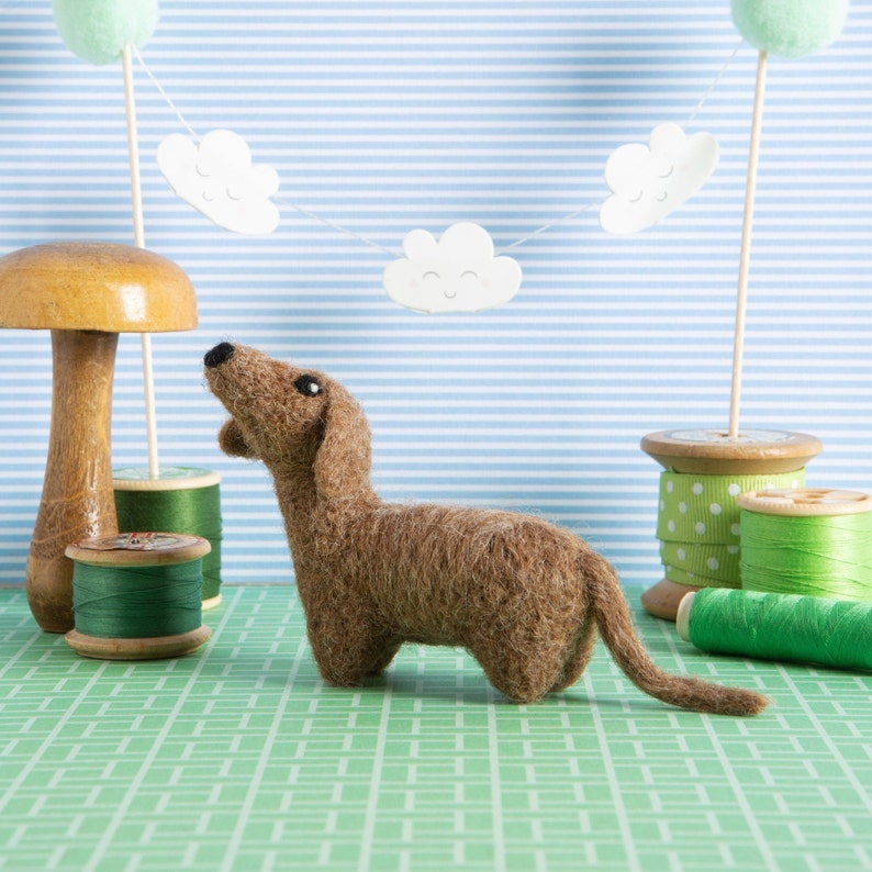 Dachshund Mini Needle Felting Kit  Craft Kit for Beginners image 0