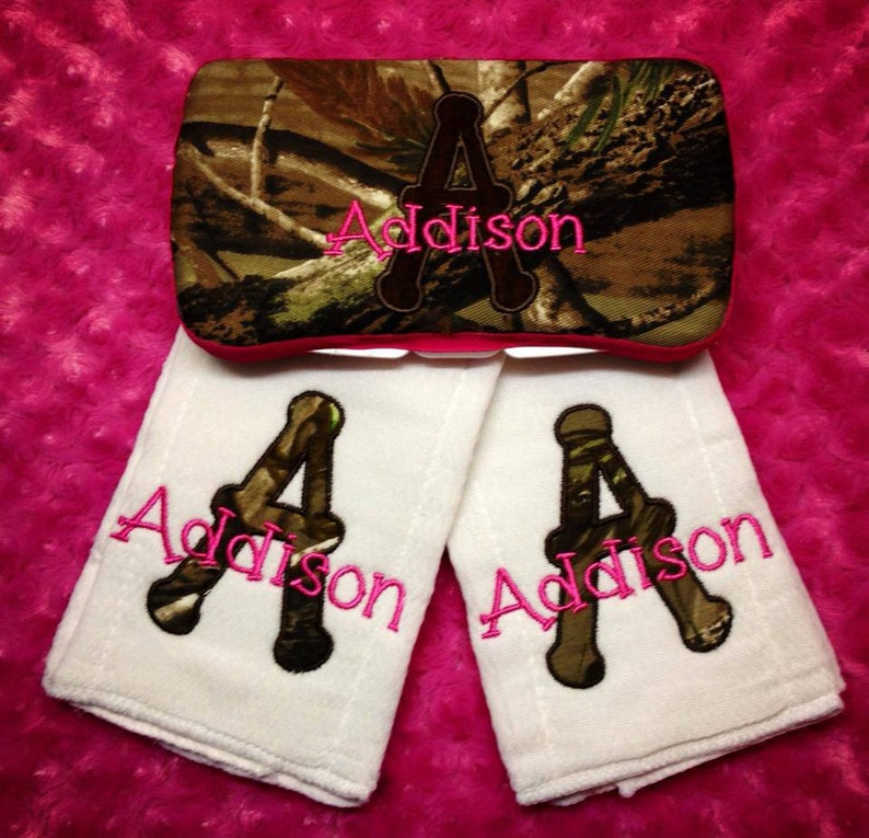Personalized Real Tree Camo Wipe Case and 2 Matching Burp Cloths