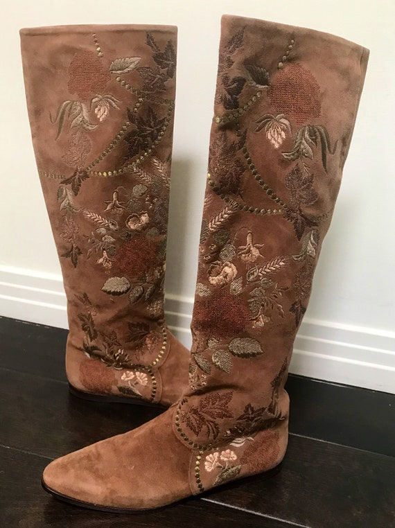 Embroidered suede riding boots