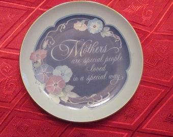 Purple Flower Mom Floral Plate Purple Iris 1986 American Greetings Lasting Memories Fine Porcelain Plate Mother Vintage Mother/'s Plate