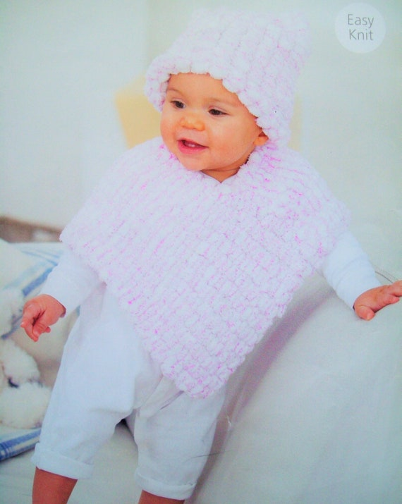 baby Girls SNOWBALL PONCHO HAT KNITTING PATTERN Chunky 16-26in 0-7yr 1937