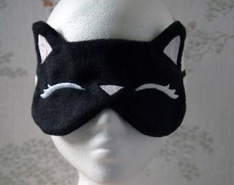 Sleepy Kitty face mask