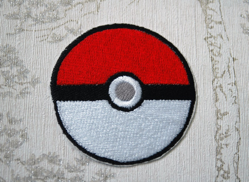 Pokeball embroidered iron on patch. image 0