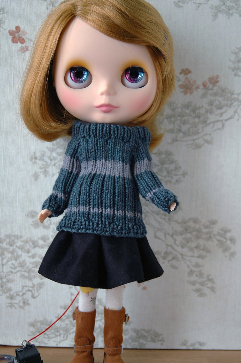 Blythe House pride jumper sets: Green and Sliver image 0