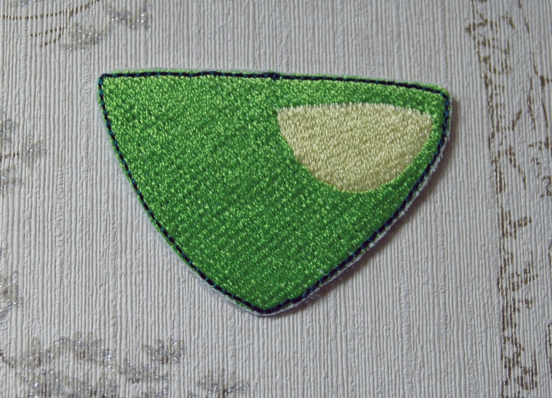 Steven Universe Peridot embroidered iron on patch. image 0