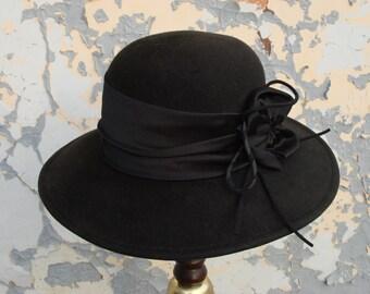 7a9111e122a vintage Lady black hat Bowler hat   Derby hat