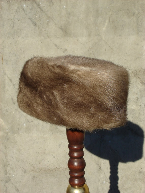 Vintage Women mink hat,  mink fur hat Vintage 1970