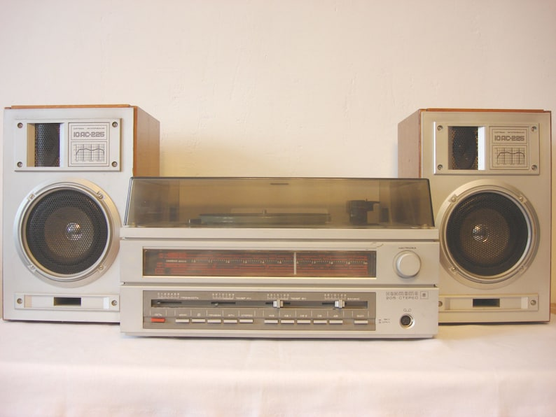 Soviet vintage 80s set of 2 working vintage wooden speakers Portable Cantata Stereo