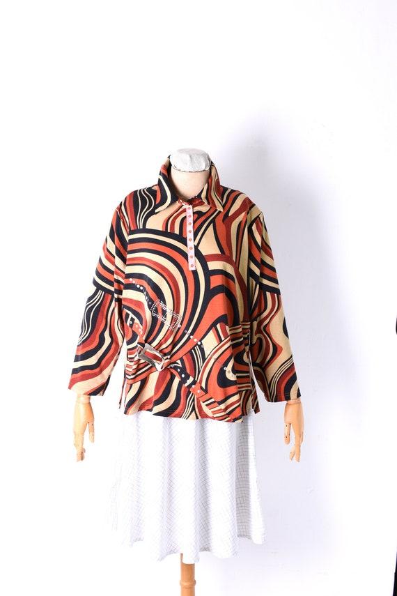 vintage print shirt, abstract print shirt, geometr