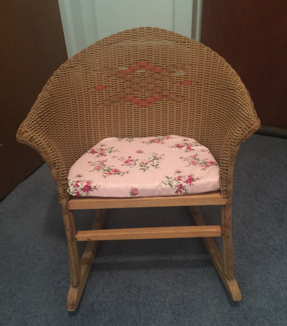 Phenomenal Victorian Childs Childrens Wicker Rattan Antique Rocking Chair Rocker Very Nice Condition Circa 1900 Beatyapartments Chair Design Images Beatyapartmentscom
