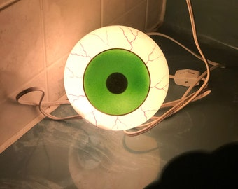 Vintage Halloween Bloodshot Double Sided Eyeball Blow Mold Light Topper Comes w/ Light Cord No Damage Decoration Prop