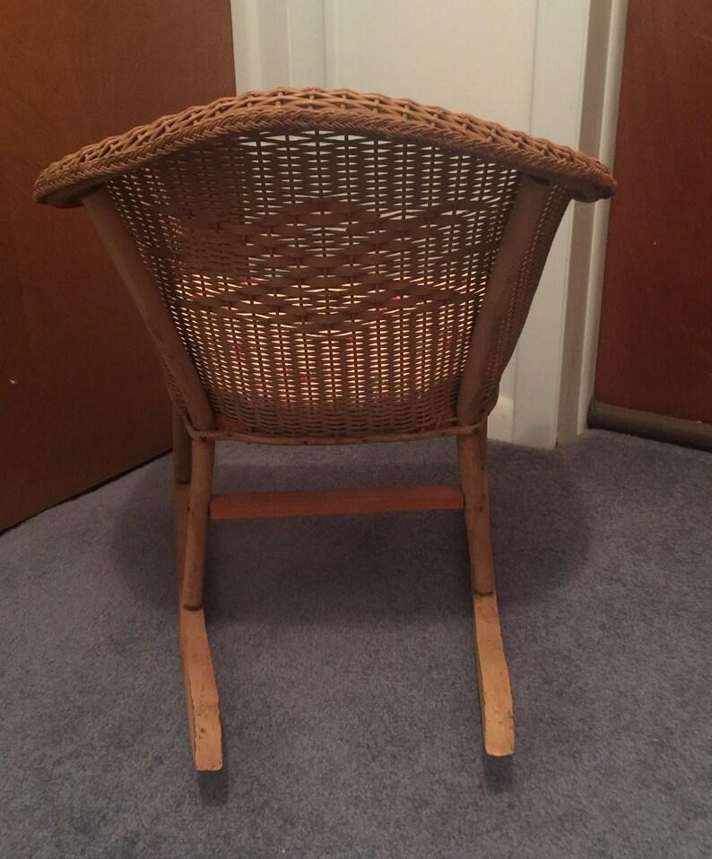 Victorian Child/'s Children/'s Wicker Rattan Antique Rocking Chair Rocker Very Nice Condition Circa 1900