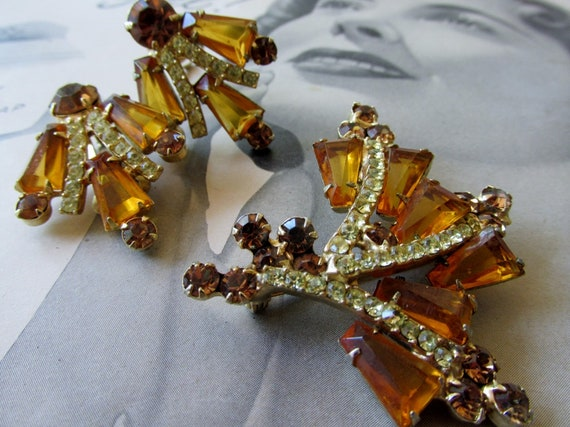 Vintage Amber and Gold Brooch & Matching Earrings