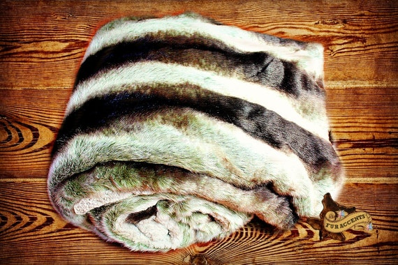 Faux Fur Throw Blanket Bedspread Gray Chinchilla with Minky Fur FUR ACCENTS